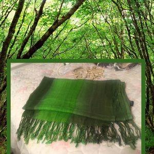 Gorgeous deep green pashmina